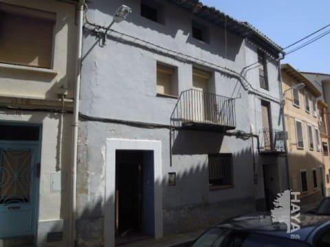 Piso en venta en Sariñena, Huesca, Calle Soldevila, 56.446 €, 4 habitaciones, 2 baños, 231 m2