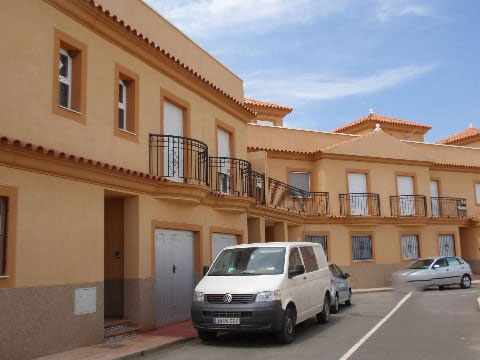 Casa en venta en Tabernas, Almería, Calle Antequera, Puerta E, 101.935 €, 3 habitaciones, 9 baños, 144 m2
