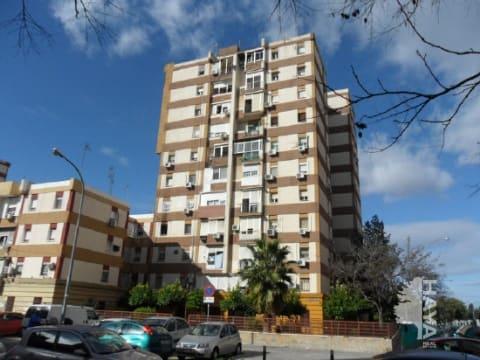 Piso en venta en Sevilla, Sevilla, Calle Carmen Diaz, 60.422 €, 3 habitaciones, 2 baños, 84 m2