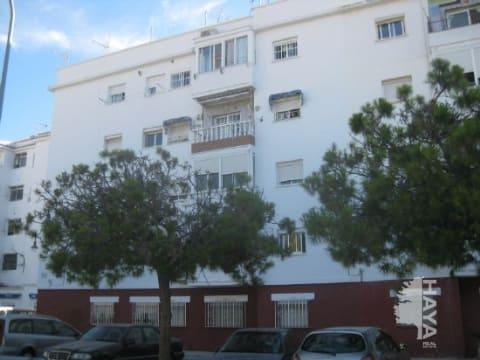 Piso en venta en Torremolinos, Málaga, Plaza Río Aguas Vivas, 61.490 €, 3 habitaciones, 1 baño, 56 m2