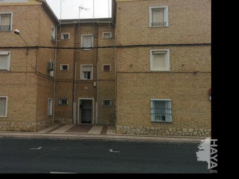 Piso en venta en Santo Domingo, Puente Genil, Córdoba, Plaza Jesus Nazareno, 20.100 €, 2 habitaciones, 1 baño, 47 m2