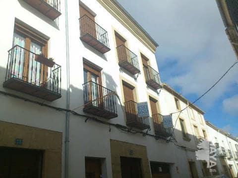 Piso en venta en Barrio Poetas de la Hispanidad, Baeza, Jaén, Calle Santa Maria de Gracia, 71.100 €, 2 habitaciones, 1 baño, 77 m2