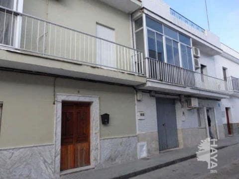 Piso en venta en Trebujena, Trebujena, Cádiz, Calle San Sebastian, 73.400 €, 4 habitaciones, 1 baño, 90 m2