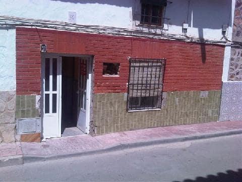 Casa en venta en Corral de Almaguer, españa, Calle Conta, 12.558 €, 5 habitaciones, 2 baños, 138 m2