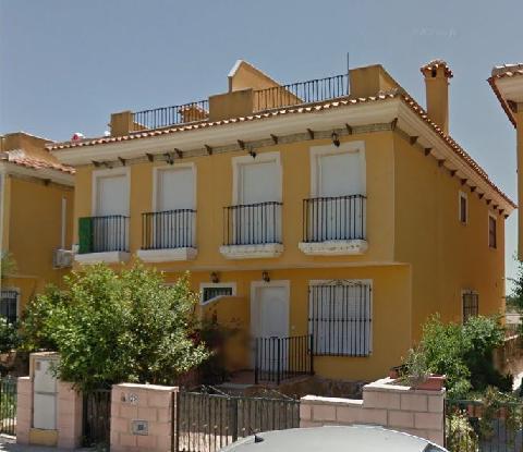 Casa en venta en Callosa de Segura, Alicante, Calle Reino Unido, 76.700 €, 3 habitaciones, 2 baños, 98 m2