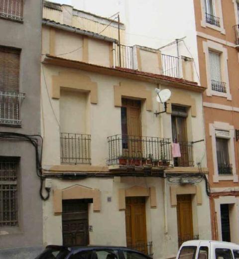 Piso en venta en Alcoy/alcoi, Alicante, Calle San Vicente Ferrer, 25.000 €, 3 habitaciones, 2 baños, 104 m2