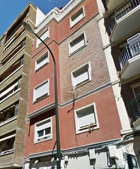 Piso en venta en Delicias, Zaragoza, Zaragoza, Calle Graus, 72.400 €, 3 habitaciones, 1 baño, 63 m2