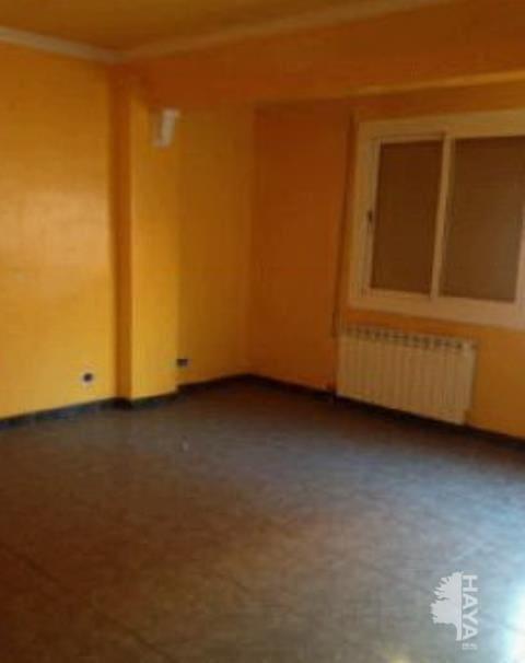 Piso en venta en La Mariola, Lleida, Lleida, Calle Venus, 31.500 €, 3 habitaciones, 1 baño, 89 m2