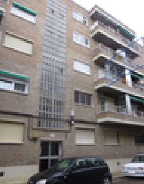 Piso en venta en Utebo, Zaragoza, Urbanización la Collarada de Utebo, 80.000 €, 3 habitaciones, 1 baño, 104 m2