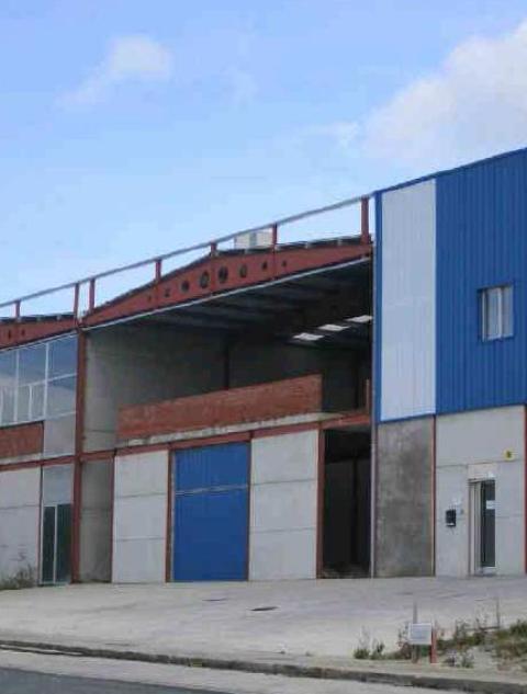 Industrial en venta en Freixeiro, Narón, A Coruña, Calle Afiadores, 75.000 €, 392,2 m2