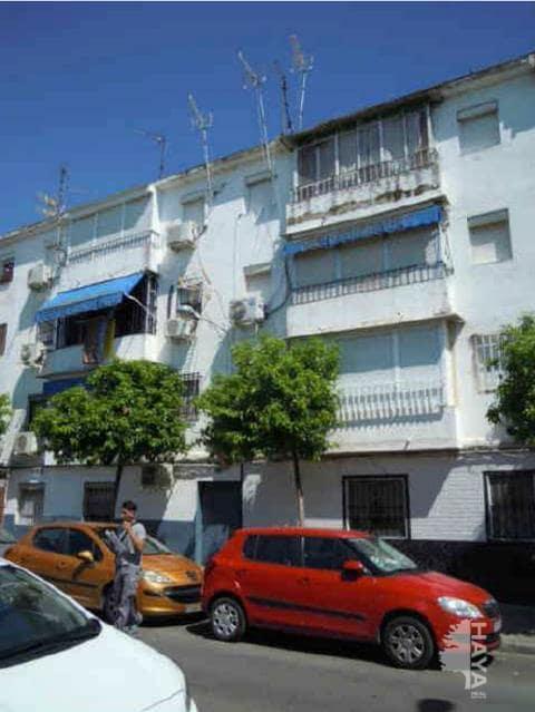 Piso en venta en Distrito Este-alcosa-torreblanca, Sevilla, Sevilla, Calle Abedul, 20.100 €, 3 habitaciones, 1 baño, 48 m2