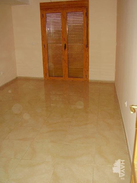 Piso en venta en Piso en El Castell de Guadalest, Alicante, 72.800 €, 2 habitaciones, 2 baños, 63 m2
