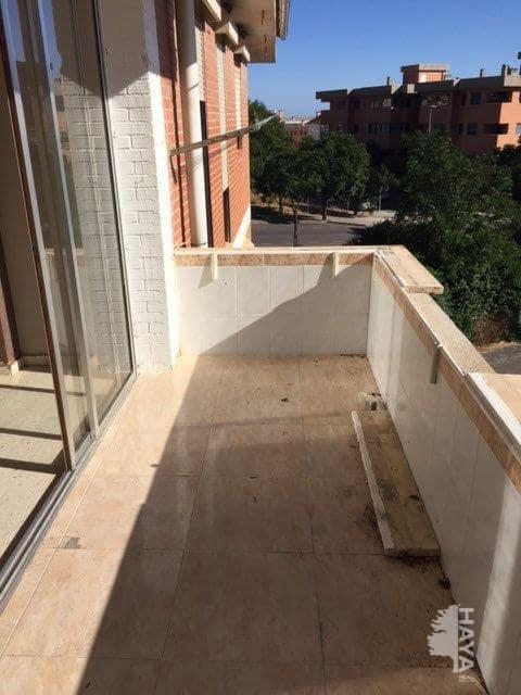 Piso en venta en Piso en Cáceres, Cáceres, 68.000 €, 4 habitaciones, 2 baños, 105 m2