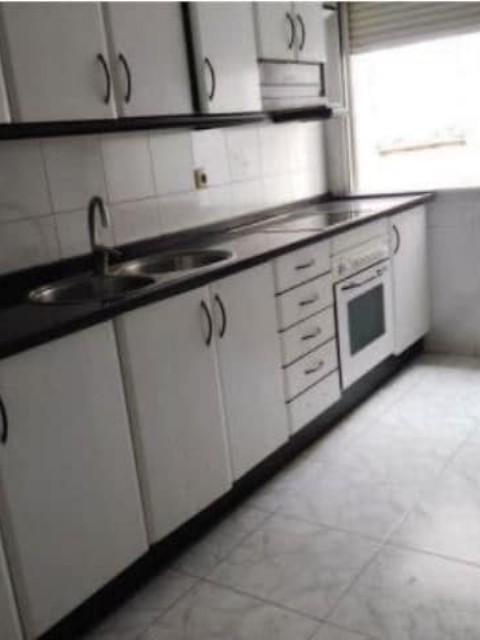 Piso en venta en Piso en Reus, Tarragona, 45.415 €, 3 habitaciones, 1 baño, 71 m2