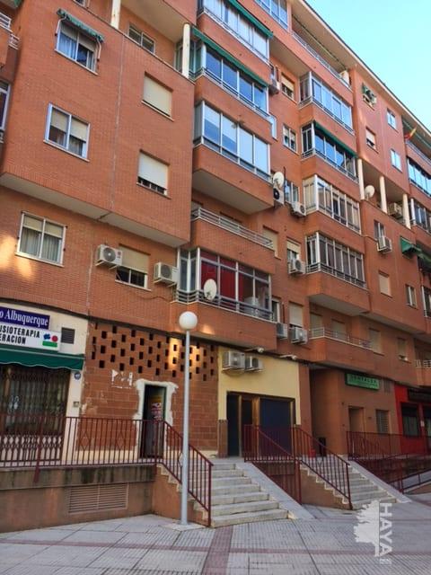 Local en venta en Los Fratres, Cáceres, Cáceres, Avenida Isabel de Moctezuma, 50.241 €, 88 m2