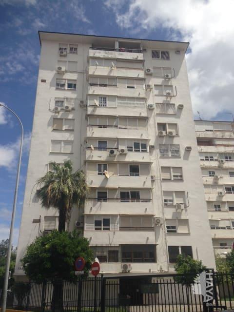Piso en venta en Distrito Macarena, Sevilla, Sevilla, Calle Cabo de Gata, 90.426 €, 3 habitaciones, 1 baño, 86 m2