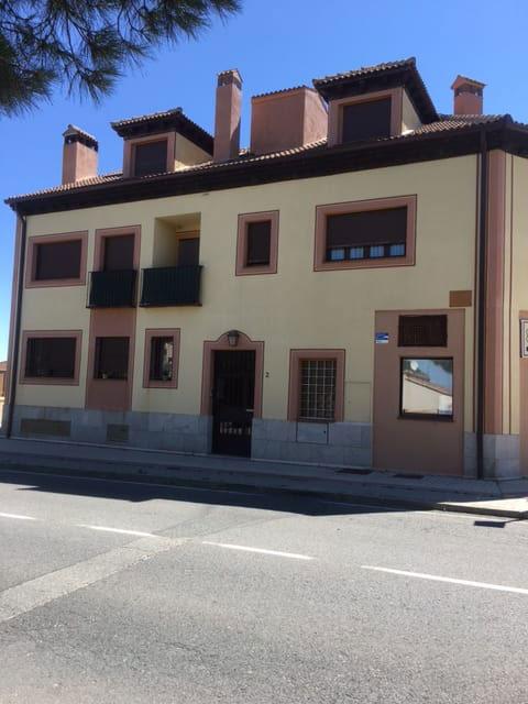 Local en venta en Torrecaballeros, Segovia, Calle Carretera de Turegano, 118.000 €, 167 m2