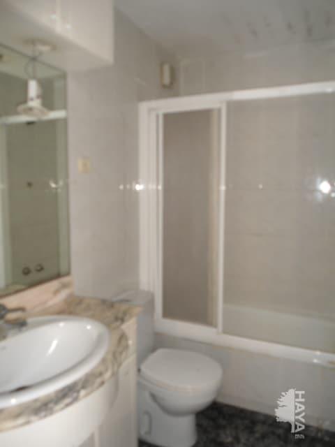 Piso en venta en Badalona, Barcelona, Calle Juan Valera, 65.179 €, 3 habitaciones, 1 baño, 71 m2