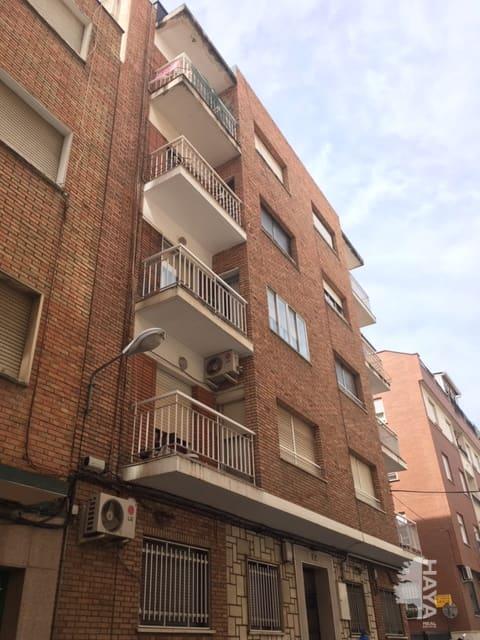 Piso en venta en Puertollano, Ciudad Real, Calle Campoamor, 49.000 €, 3 habitaciones, 1 baño, 80 m2