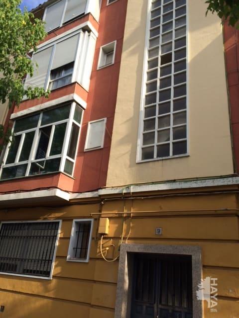 Piso en venta en Barrio de Santa Maria, Talavera de la Reina, Toledo, Avenida Pio Xii, 38.933 €, 3 habitaciones, 1 baño, 108 m2