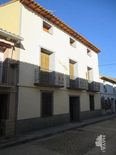 Piso en venta en Sena, Sena, Huesca, Avenida de los Danzantes, 122.000 €, 5 habitaciones, 2 baños, 653 m2