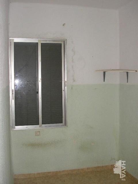Piso en venta en Virgen de Gracia, Vila-real, Castellón, Calle Sant Miquel, 22.300 €, 3 habitaciones, 1 baño, 58 m2