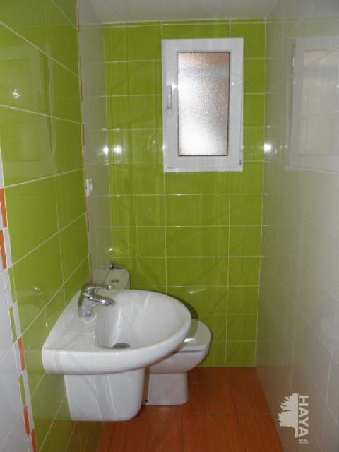 Piso en venta en Santa Rosa, Alcoy/alcoi, Alicante, Calle Joan de Joanes, 55.900 €, 4 habitaciones, 2 baños, 138 m2
