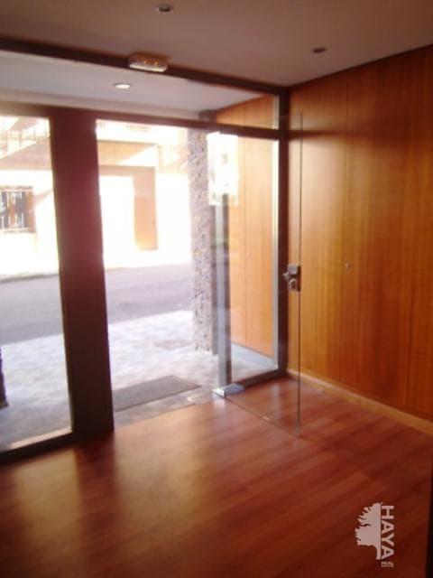 Piso en venta en Puente de Sardas, Sabiñánigo, Huesca, Calle Francisco Bayeu, 93.500 €, 2 habitaciones, 2 baños, 67 m2