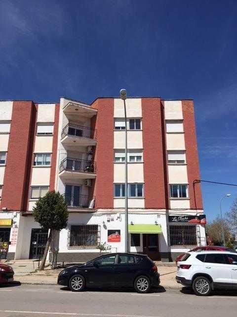 Piso en venta en Alcázar de San Juan, Ciudad Real, Calle Juan Bautista Concepcion, 73.800 €, 4 habitaciones, 2 baños, 126 m2