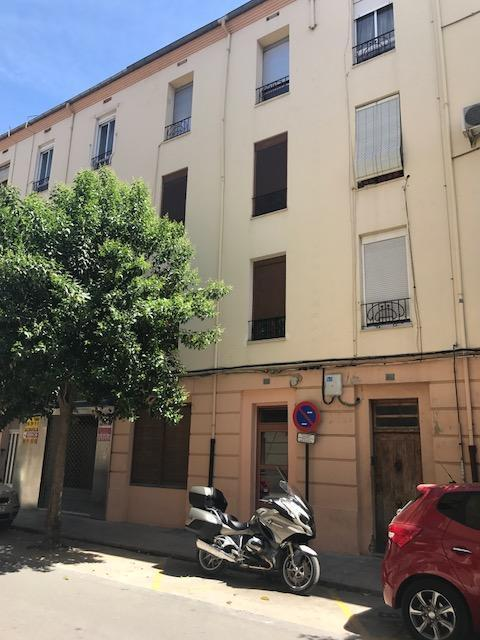 Piso en venta en Ontinyent, Valencia, Calle Dos de Mayo, 40.000 €, 2 baños, 91 m2