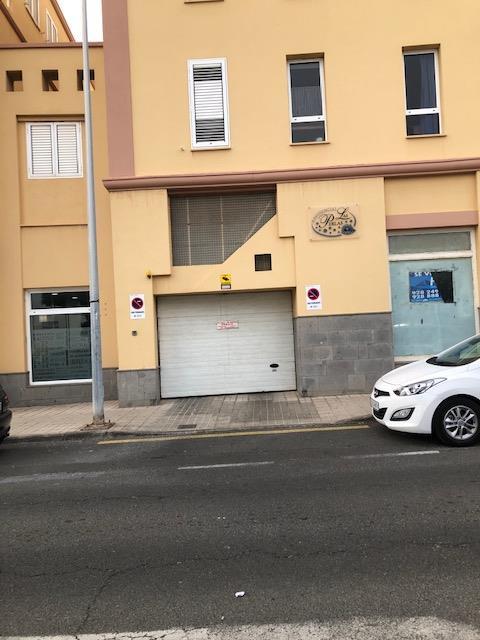 Piso en venta en Piso en Santa Lucía de Tirajana, Las Palmas, 104.402 €, 3 habitaciones, 2 baños, 104 m2