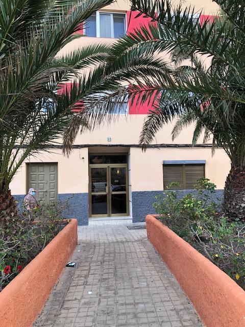 Piso en venta en Las Palmas de Gran Canaria, Las Palmas, Calle Virgen del Pilar, 92.000 €, 3 habitaciones, 1 baño, 81 m2