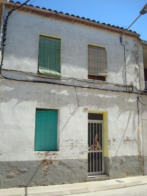 Casa en venta en Ivars D`urgell, Lleida, Calle Esdevenidor, 54.500 €, 2 habitaciones, 2 baños, 238 m2