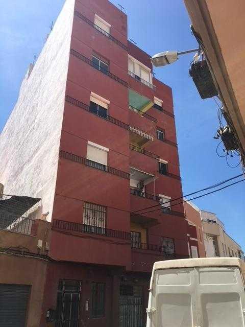 Piso en venta en Los Molinos, Almería, Almería, Calle Santa Rosa, 45.214 €, 3 habitaciones, 1 baño, 87 m2