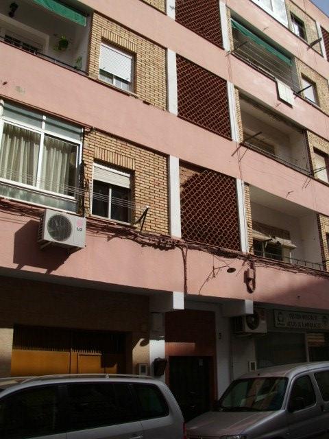Piso en venta en San Marcos, Almendralejo, Badajoz, Calle Venezuela, 26.000 €, 3 habitaciones, 1 baño, 84 m2