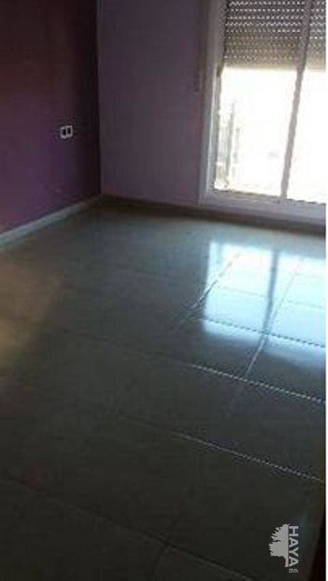 Piso en venta en Sant Vicenç de Castellet, Sant Vicenç de Castellet, Barcelona, Calle Bisbe Perelló, 119.700 €, 3 habitaciones, 2 baños, 100 m2