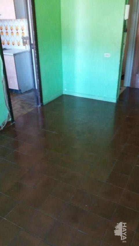 Piso en venta en Torrents, Sant Pere de Torelló, Barcelona, Calle Sant Feliu, 50.600 €, 3 habitaciones, 1 baño, 79 m2