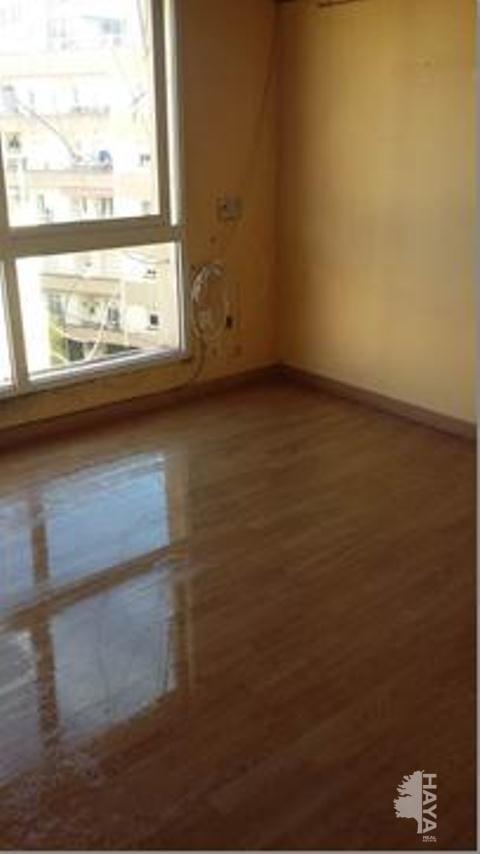 Piso en venta en El Carme, Reus, Tarragona, Calle Mare Molas, 31.500 €, 3 habitaciones, 1 baño, 65 m2