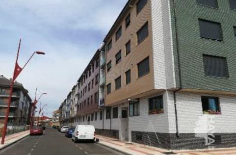 Piso en venta en San Andrés del Rabanedo, León, Calle Tulipanes, 107.000 €, 1 baño, 97 m2
