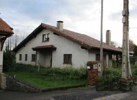 Casa en venta en Entrambasaguas, Entrambasaguas, Cantabria, Barrio Elechino, 210.200 €, 3 habitaciones, 2 baños, 231 m2