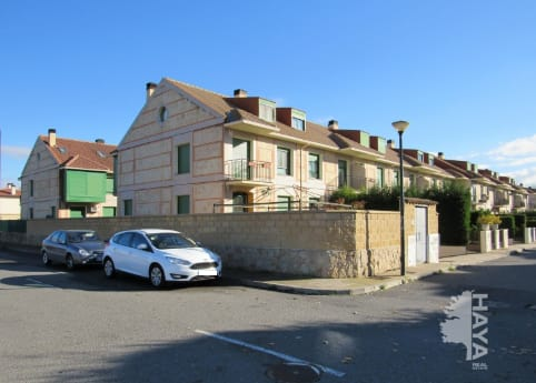 Casa en venta en Villamayor, Salamanca, Calle Rio Esla, 208.592 €, 3 habitaciones, 2 baños, 250 m2