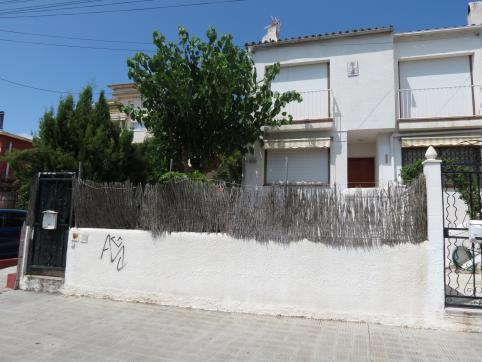 Casa en venta en Cunit, Tarragona, Avenida Barcelona, 125.000 €, 3 habitaciones, 2 baños, 96 m2