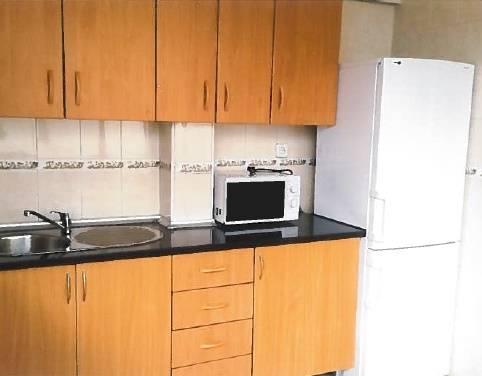 Piso en venta en Sant Joan D`alacant, Alicante, Calle Sebastian El Cano, 55.000 €, 3 habitaciones, 1 baño, 70 m2