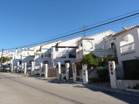 Casa en venta en Urbanización Villa del Mar, Vélez-málaga, Málaga, Calle Central, 187.200 €, 4 habitaciones, 2 baños, 146 m2