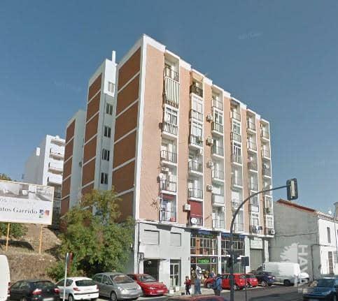 Piso en venta en La Ribera - San Lázaro, Plasencia, Cáceres, Avenida de España, 38.000 €, 2 habitaciones, 1 baño, 83 m2