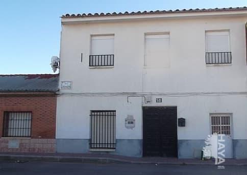 Casa en venta en Corral de Almaguer, Toledo, Calle Carrera Desviacion, 87.300 €, 5 habitaciones, 1 baño, 343 m2