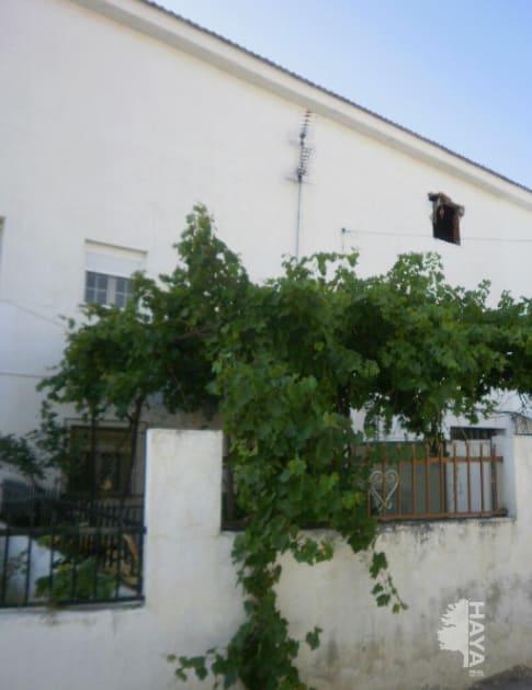 Casa en venta en Baza, Granada, Calle Barrio Cuevas Angel, 110.400 €, 4 habitaciones, 2 baños, 276 m2