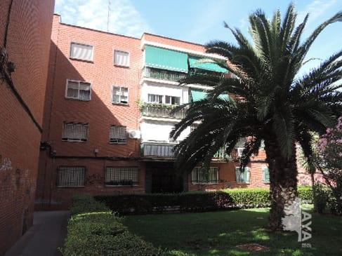 Piso en venta en Fuenlabrada, Madrid, Calle Lima, 110.546 €, 3 habitaciones, 2 baños, 90 m2