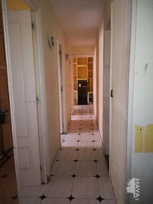 Piso en venta en Madrid, Madrid, Calle Gavia Seca, 76.916 €, 3 habitaciones, 1 baño, 70 m2
