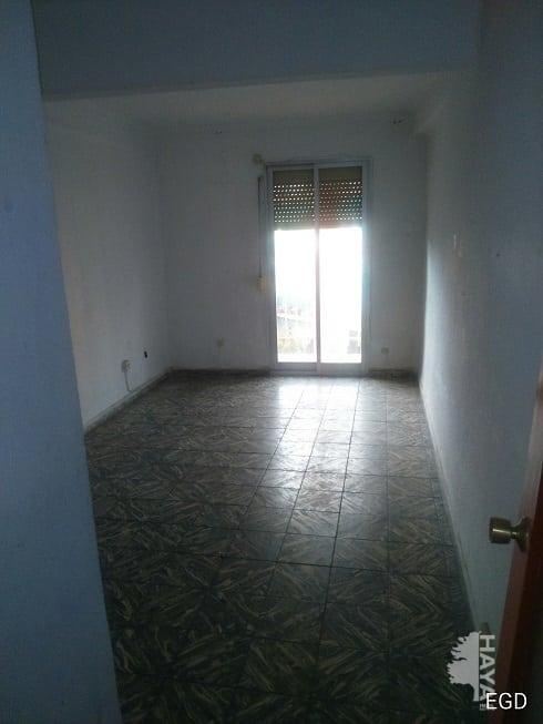 Piso en venta en Villaverde, Madrid, Madrid, Calle Doctor Martín Arevalo, 95.437 €, 3 habitaciones, 1 baño, 75 m2